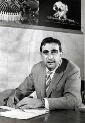 """Dr. Seltsam: Der Vater der Wasserstoffbombe, Edward Teller, anno 1958. (Foto: """"EdwardTeller1958"""". Lizenziert unter Gemeinfrei über Wikimedia Commons)"""
